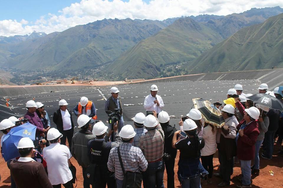 En visita guiada a los hombres de prensa de los diferentes medios de comunicación, el Presidente del Gobierno Regional de Cusco Ing Edwin Licona Licona, junto a funcionarios del Plan Copesco y representantes del Consorcio Maras, informó sobre el avanc